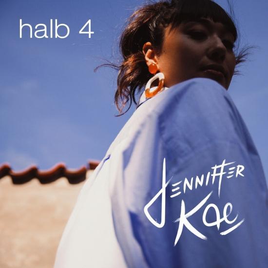 Cover halb 4