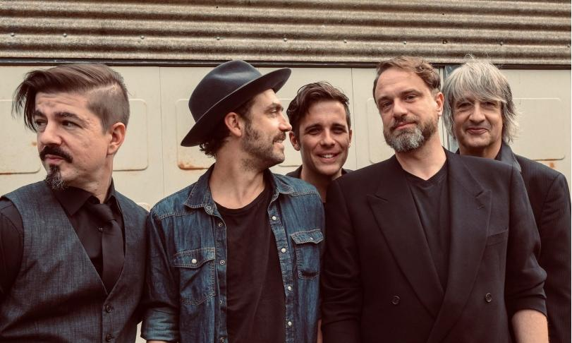Review Ellis Mano Band – Ambedo
