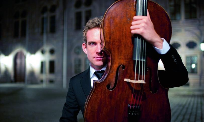 Review Johannes Moser, L'Orchestre de la Suisse Romande & Andrew Manze - Elgar & Tchaikovsky: Cello Works