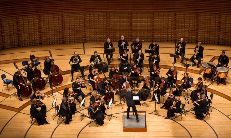 Review Kammerorchester Basel & Julia Schröder - Bologna 1666: Perti, Torelli, Colonna