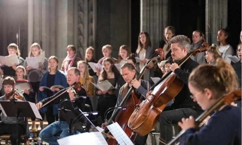 Review Nidarosdomens jentekor & Trondheim Solistene – LUX