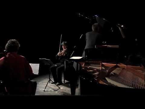 Video Tango à trois LISBOA