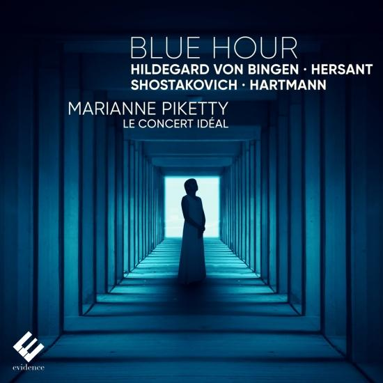 Cover Blue Hour