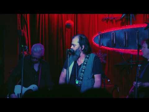 Video Steve Earle & The Dukes - So You Wannabe An Outlaw