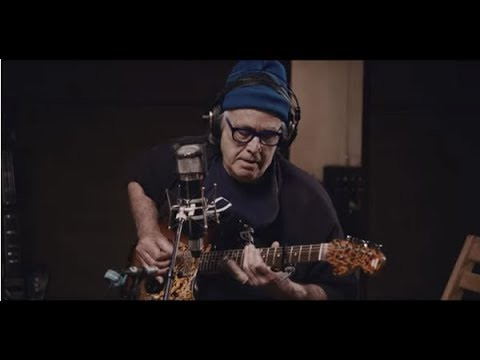 Video Ry Cooder - The Prodigal Son (Live in studio)