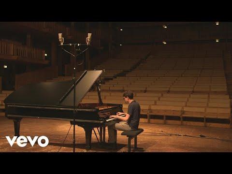 Video Lucas Debargue - Schubert, Szymanowski (Trailer)