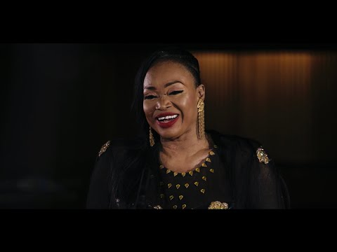Video Oumou Sangaré - Djoukourou