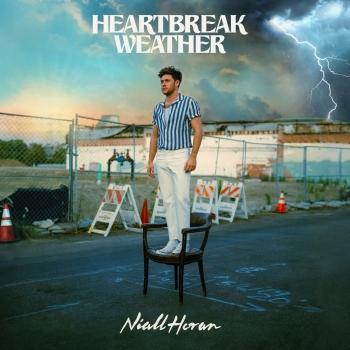 Cover Heartbreak Weather