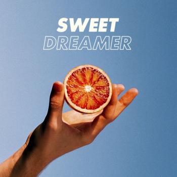 Cover Sweet Dreamer