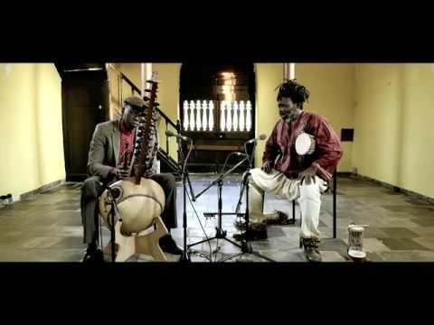 Video Ballake Sissoko & Baba Sissoko - SIGI GNO GONYA