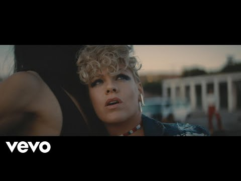Video P!nk - What About Us (Video)