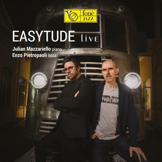 Cover Easytude live