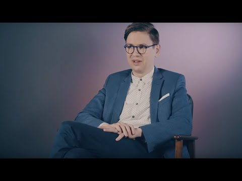 Video Víkingur Ólafsson - Debussy · Rameau (Interview)