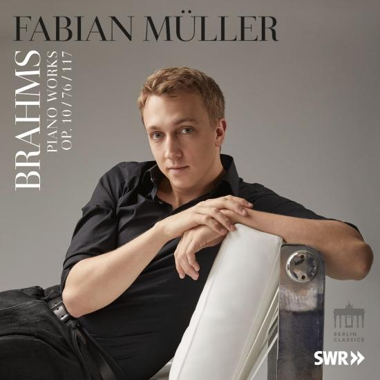Cover Brahms: Piano Works (Op. 10, 76 & 117)