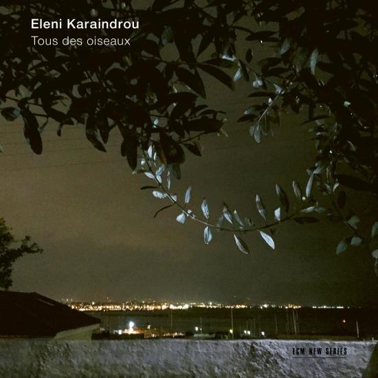 Cover Karaindrou: Tous des oiseaux