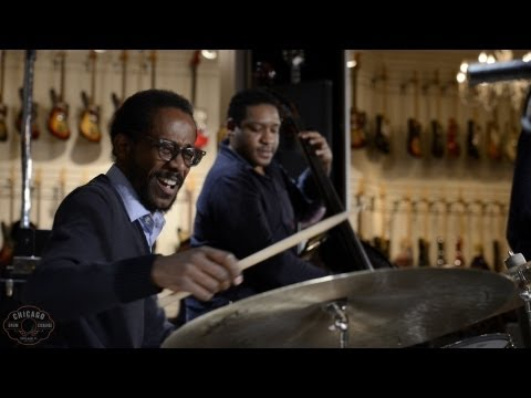 Video Brian Blade and The Fellowship Band (Live) at Chicago Music Exchange
