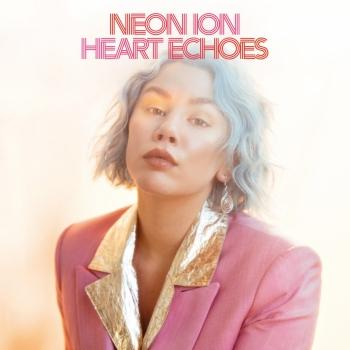 Cover Heart Echoes