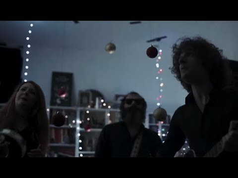 Video The Limiñanas - Shadow People (feat. Emmanuelle Seigner)