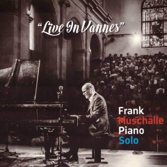 Cover Lives In Vannes