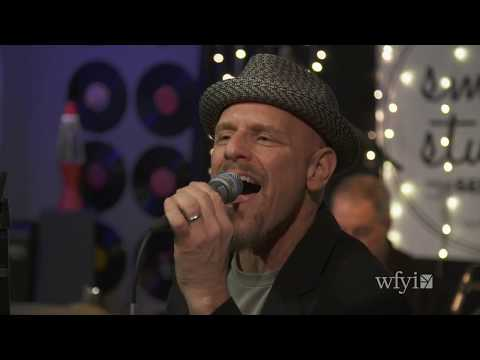 Video Tad Robinson Band - Full Performance (Small Studio Sessions)
