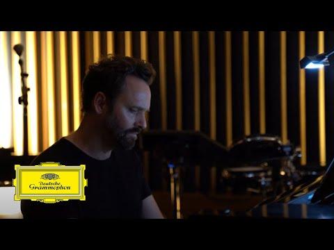 Video Dustin O'Halloran feat. Bryan Senti – Opus 28 (live from Capitol Studios)